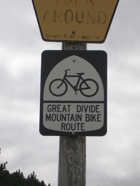 great divide mountain bike route sign