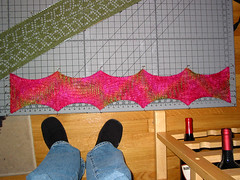 Balloon Scarf - blocking