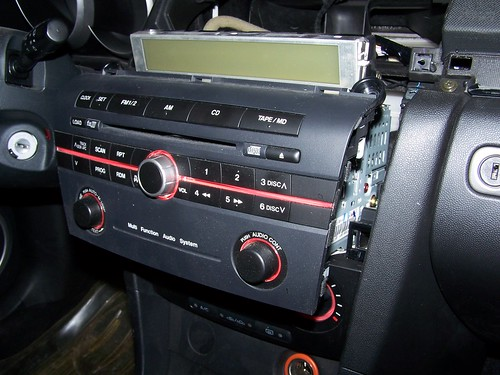 hooking up ipod to media button - mazda forum