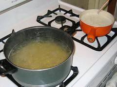 Bubbling pots