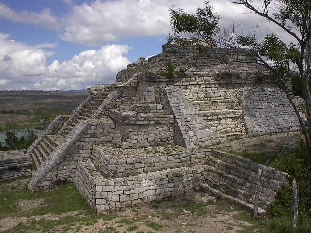 Observatorio ciudadano todo por las ruinas de chinkultic for El mirador de villalbilla