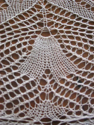 Catalan heirloom lace knitting, detail 3