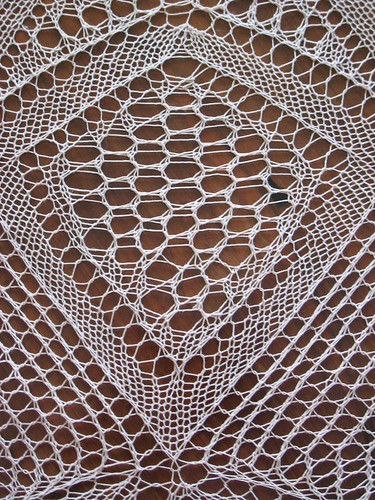 Catalan heirloom lace knitting, detail 4
