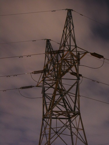 nighttime_pylon
