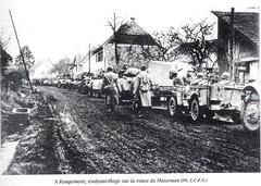Franche Comté - 1944- Rougemont : Embouteillage sur la route vers Masevaux - Crédit photo :  ECPA