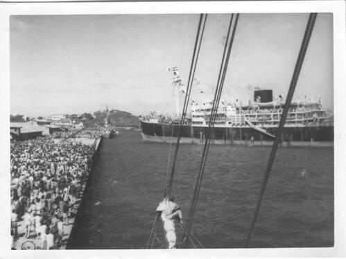 BP- Arrivée du Saggitaire à Nouméa 21 mai 1946- Fonds Jean Tranape