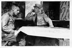 Brosset - 1944 - Brosset et Saint Hillier au P.C de Mélisey