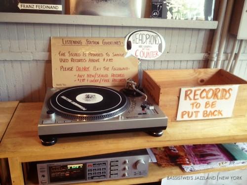 Vinyl shop in New York (4)s