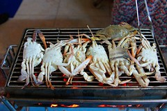 Fresh crab BBQ on Koh Lan photo by UweBKK (α 77 on )