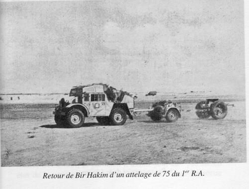 RA- 1942- Bir Hakeim  - retour de BH d'un attelage de 75 du 1er RA