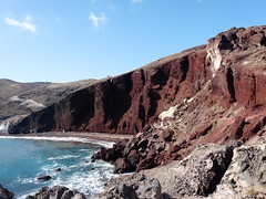 Red beach - Santorini - Greece photo by Lucie C. de Raymond