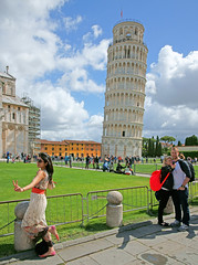 The Leaning Tower of Pisa Piazza del Duomo Pisa Tuscany Italia Italy photo by Minoltakid