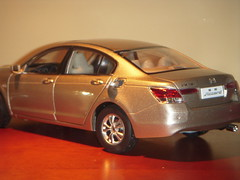 2009 Honda Accord Inspire 1:18 Diecast by Paudi photo by PaulBusuego