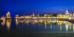 Heure bleue sur le port photo by Guillaume Chanson