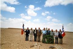 2002 - Pèlerinage Bir Hakeim - Porte-drapeaux : Antoine Maniscalco et Marius Olive- de g àd :  1 -2 - J Pigneaux de Laroche- J. Roumeguère -5-Marcel Gabriel-7