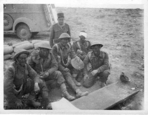 1942 - Bir Hakeim- Santé- - Dr Bernasse et blessés et civière ADFL