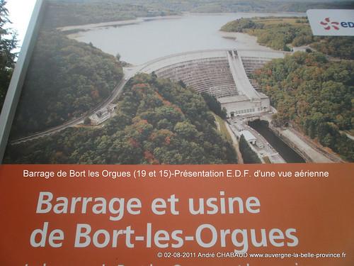 Barrage de Bort les Orgues (19 et 15)-Présentation E.D.F. vue aérienne