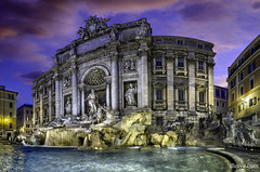 Fontana de Trevi photo by dleiva