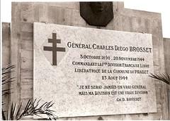 Le Pradet - Plaque général Brosset