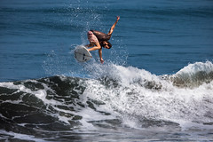 Surfing Free Style #4 photo by jeffrijaffar_photography