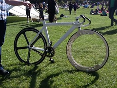 Hubless, spokeless bike wheel #dolores #sf photo by pcnotpc