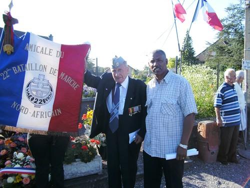 Franche Comté- Eboulet- Cérémonie à la stèle (22e BMNA) - Col. Serge Robert, Souvenir français