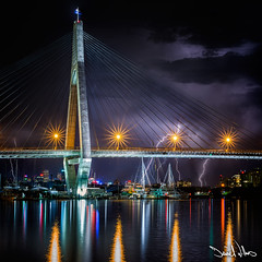 Anzac Bridge Lightning Storm photo by Daniel Willans