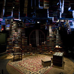 THE DETECTIVE'S WIFE at Writers Theatre. Photo by Michael Brosilow.