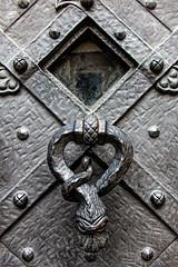 Old door photo by hypotekyfidler.cz