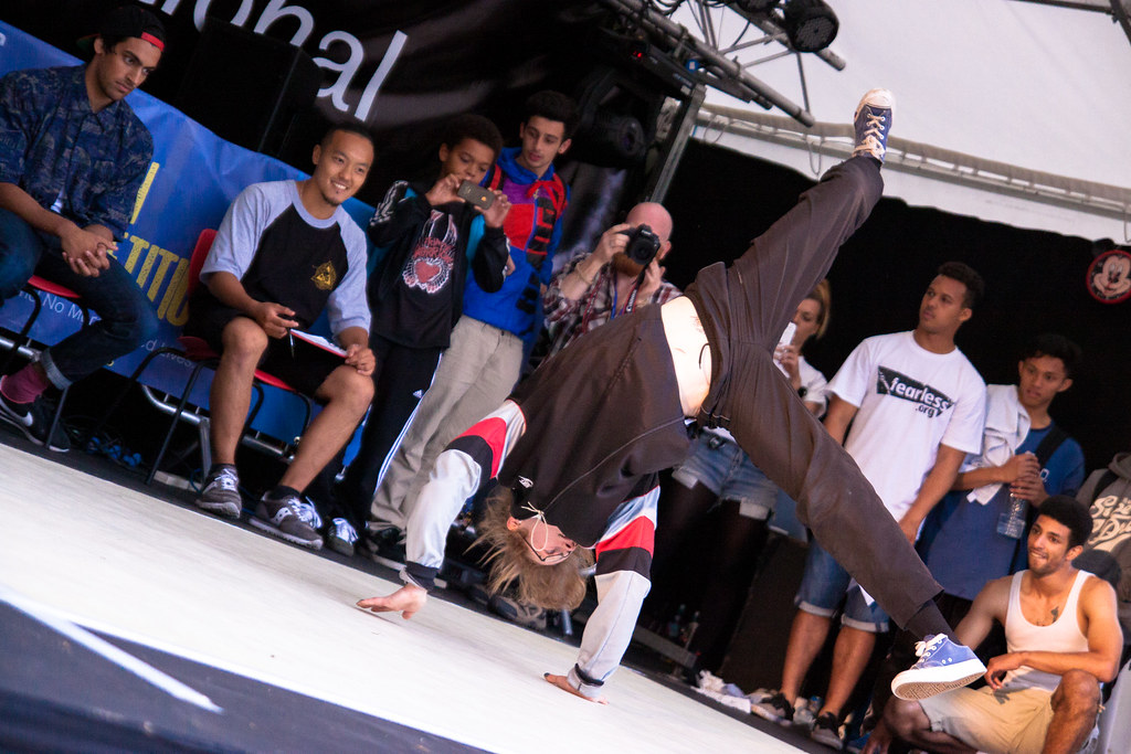 Simon Butler - Breakdancing - Peace Gardens - Sunday-9.jpg