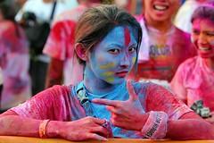 Neytiri @ The Color Run Singapore photo by ...Sathiya