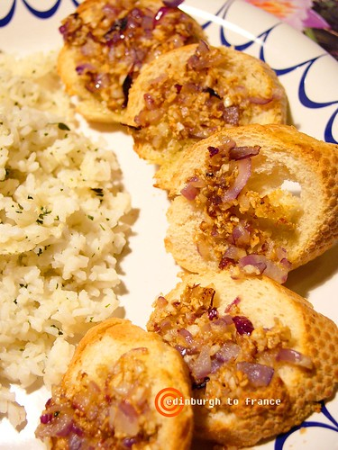 香烤法國麵包與香料炒飯