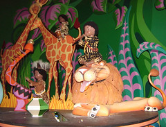 Dalam It's A Small World, Disneyland Paris, France