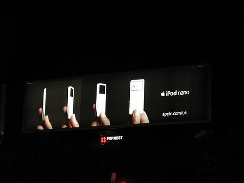 Damn Small iPod nano!