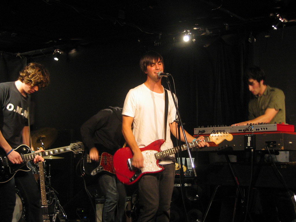 A Brief Smile @ Knitting Factory