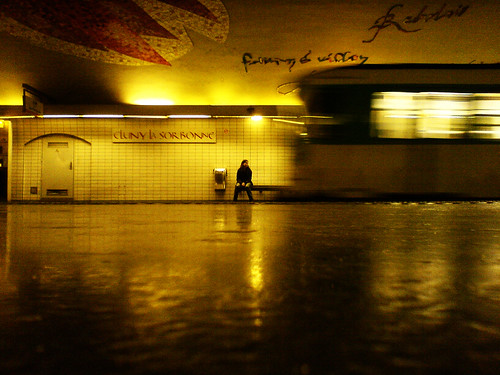 A metro's life - Paris