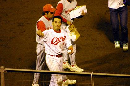 カープ野村選手引退試合