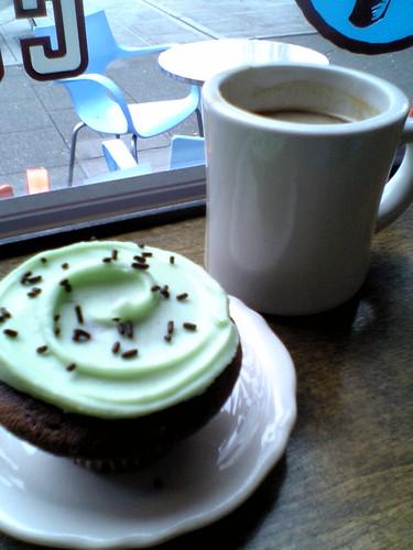 @ cupcake royale