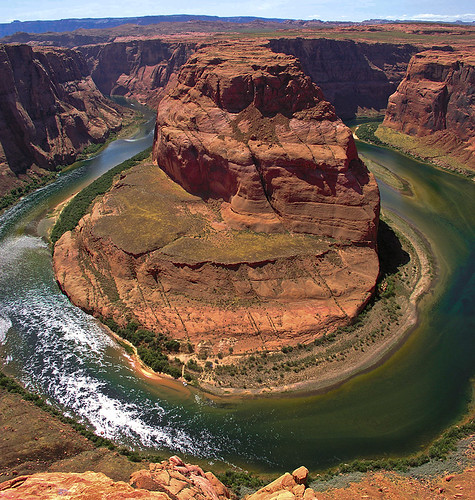 Horseshoe Bend photo by JoLoLog