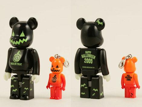 halloween_bearbricks