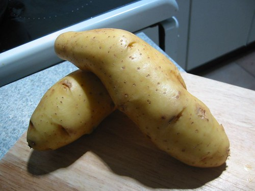Kipfler Potatoes (by Abstract Gourmet)