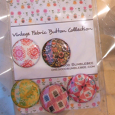 one good bumblebee vintage buttons