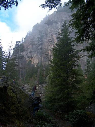 05-CaveCliffTrail