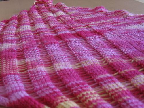 A closeup of the drop stitch