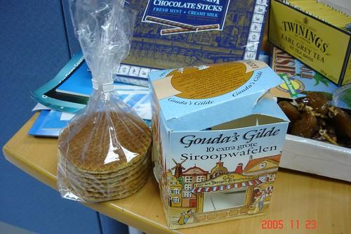 好吃到想整盒藏起來的荷蘭焦糖夾心waffle