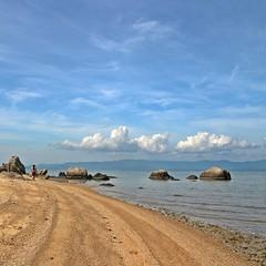 Beach strilla in Koh Panghan #kohpanghan #kohsamui #trail #stroll #beach #sun #nature #water #TagsForLikes #TFLers #ocean #lake #instagood #photooftheday #beautiful #sky #clouds #cloudporn #fun #pretty #sand #reflection #amazing #beauty #beautiful #shore photo by ! . © Angela Lobefaro . !