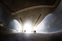 Dongdaemun Design Plaza photo by DMac 5D Mark II