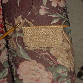 Knitting with Coopworth Walnut Dyed Yarn