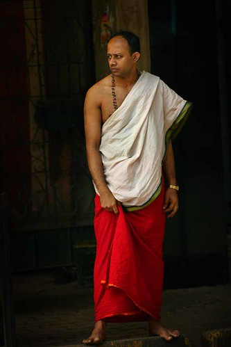 Bangalore Temple Priest