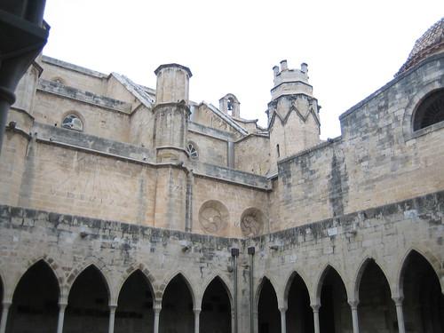 Catedral y reloj de sol